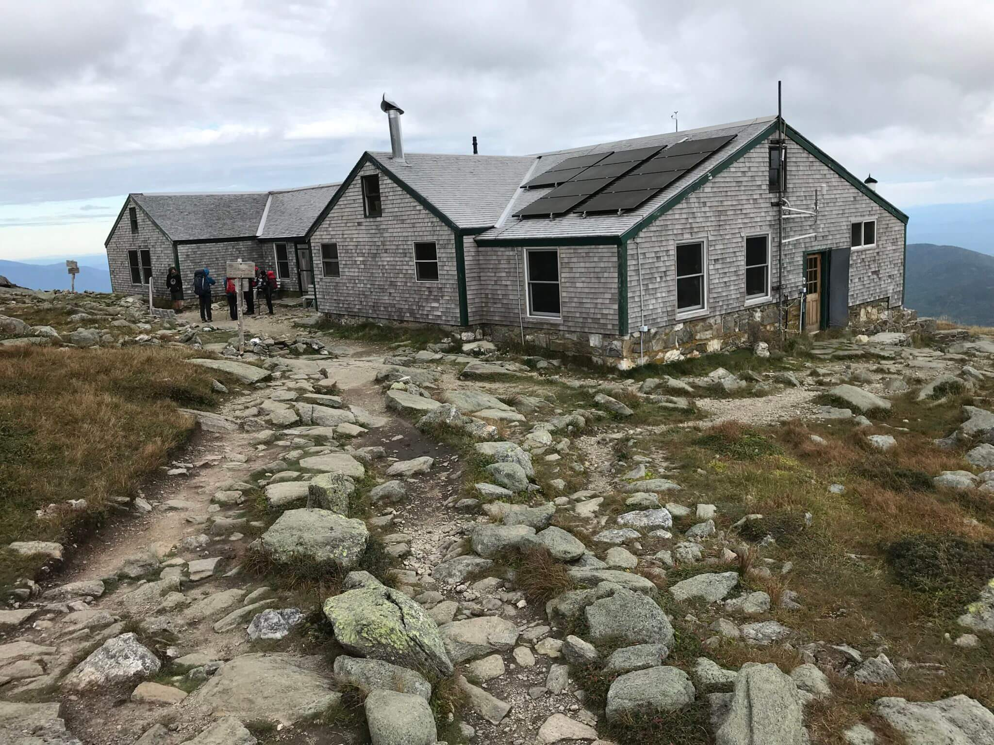 Lake of the Clouds Hut: A Review